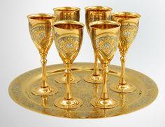 Gold metallic stemware | Golden wine glasses