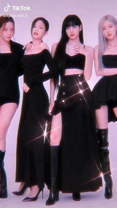 Black Pink Songs, Black Pink Kpop, Blackpink Fashion, Muslim Fashion, Blackpink Lisa, Foto Rose, Pink Movies, Blackpink Poster, Black Pink Dance Practice