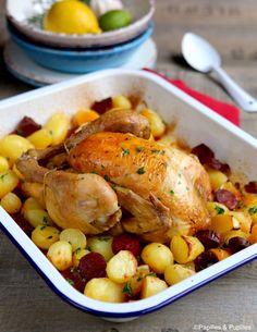 Poulet aux pommes de terre et chorizo Pretzel Chicken, Baked Chicken Wings, Oven Baked Chicken, Salty Foods, Oven Recipes, 20 Min, Savoury Dishes, Chorizo, Creative Food