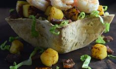 Sweet & Spicy Shrimp Taco Bowl made with @ottosnaturals  Cassava Flour | simplythatpaleoguy.com
