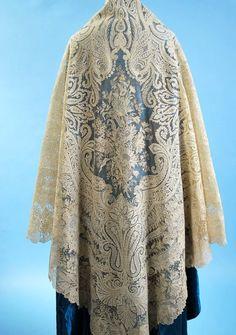 Antique 1850 Exquisite Point de Gauze/Point de Angleterre lace large cream shawl w/provenance