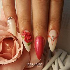 Decori in rilievo e stile minimale per una nail art meravigliosa <3 Grazie a Valeria Gargiulo Brillbird Nail Master per il suo lavoro! SHOP AT >> www.brillbird.it #nails #ricostruzioneunghie #BrillBirdèdifferente #brillbird #nails #nailart #nailsoftheday #nailsart #nails2inspire #nailspiration #nailsoftheweek #nailsnailsnails #nailstamping #nailstoinspire #nailsonpoint #photooftheday #pretty #nail #beauty #fashion #beautiful #style #girl #nailartlover