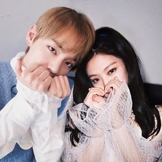 A boygroup named BTS becomes the rival of a monster rookie girlgroup BLACKPINK. The competition between them leads to pure hatred between the two groups. Will this hatred continue forever? or Will love change their feelings for eachother? Korean Couple, Best Couple, Kpop Couples, Cute Couples, K Pop, Bts Memes, Taehyung Gucci, Jungkook V, Namjoon