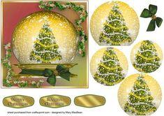 Christmas Tree Snow Globe pyramid card