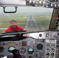 When Airline Pilots Take the Kids to Work...