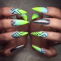 LET ME DO COOL THINGS ON YOUR NAILS ❤️WORK WITH LOVE…