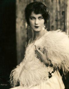Fay Wray (1920's)