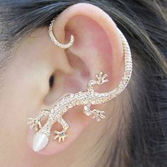 Silver Glittering Lizard Ear Cuff (Single) | LilyFair Jewelry, $11.99!