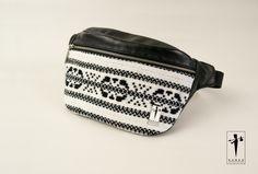 Borseta traditionala Fanny Pack, Bags, Hip Bag, Handbags, Taschen, Purse, Purses, Bag, Totes