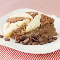 Bolo Geométrico com Creme de Chocolate Alpino  Receita no Sal de Flor #receita #chocolate #saldeflor