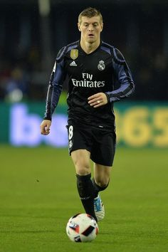Toni Kroos of Real Madrid in action during the Copa del Rey quarter-final second leg match between Real Club Celta de Vigo and Real Madrid Club de Futbol at Municipal de Balaidos stadium on January 25, 2017 in Vigo, Spain.