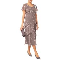 Explore our beautiful occasion wear dresses, from elegant dresses to party frocks at Debenhams. Elegant Dresses, Nice Dresses, Dresses For Work, Occasion Wear Dresses, Party Frocks, Groom Outfit, Special Dresses, Buy Dress, Mother Of The Bride