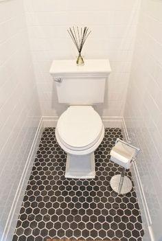 [CasaGiardino]  ♡  white subway tile & black honeycomb