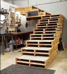 Creative Ideas By Using Wooden Pallets To Make Furniture At Home - Home Deco., Creative Ideas By Using Wooden Pallets To Make Furniture At Home - Home Deco., Creative Ideas By Using Wooden Pallets To Make Furniture At Home - Home Deco. Pallet Crafts, Diy Pallet Projects, Home Projects, Pallet Ideas, Diy Crafts, Simple Projects, Upcycling Projects, Recycling Ideas, Garden Projects