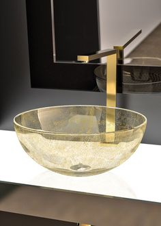 Pittella hardware now available via Elite Door and Tap Hardware. Basins : Laguna Oro Made from Murano Glass with gold leaf detail! Verre Design, Glass Design, Leaf Design, Bathroom Sink Design, Bath Design, Master Bathroom, Bathroom Ideas, Washbasin Design, Toilet Accessories