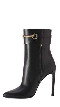 Not a fan of ankle or short boots but these I could definitely do! chic Gucci - Gucci Boots - Ideas of Gucci Boots - Not a fan of ankle or short boots but these I could definitely do! High Heel Boots, Heeled Boots, Bootie Boots, Shoe Boots, Ankle Boots, High Heels, Shoes Heels, Flats, Pretty Shoes