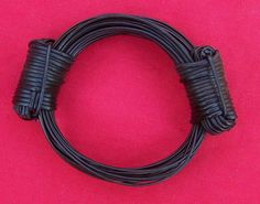 Less than of elephant hair is classed as very thick. These bracelets are made using this very rare, thick elephant hair. Hippie Jewelry, Ethnic Jewelry, Elephant Bracelet, Bracelet Designs, Bracelets, Hair, Treasure Chest, Strands, Africa