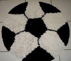 Crochet Rug Fluffy Ideas For 2019 Crochet Baby Blanket Tutorial, Crochet Scarf Easy, Baby Girl Crochet Blanket, Baby Girl Blankets, Crochet Baby Hats, Round Loom, Pom Pom Rug, Crochet Christmas Trees, Latch Hook Rugs