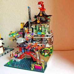 Lego Ninjago City, Lego City, Lego Architecture, Japanese Architecture, Building Drawing, Lego Mecha, Cool Lego Creations, Lego House, Lego Projects