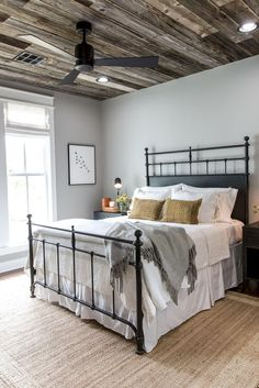 Rustic farmhouse style master bedroom ideas (30)--love the ceiling