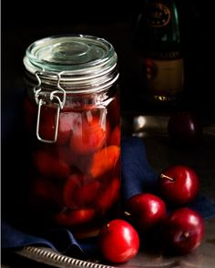 Christmas recipies: plums in brandy/brandyluumut