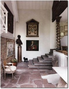 Lars Bolander's Home Featured in Home and Garden Magazine Gustavian Antiques, Swedish Decorating, Nordic Style, White Painted Antiques, French Antiques, White Furniture