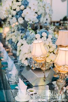 Christmas Wedding in Tiffany Blue #picture #weddingceremonyinvietnam #wedding #weddingceremony #vietnamweddingplanner #weddinginvietnam #weddingplanervietnam #blissweddingplanner #weddingplanner #weddingbyblissweddingplanner #kehoachdamcuoi #trangtritieccuoi #cuoihoitrongoi #wedding #weddingblog #weddingplanner #weddingtip #blissweddingplanner #weddingplannervietnam #weddingplannerhcm #weddingplannersaigon #tiffanyblue #elegantwedding #christmaswedding #tiffanywedding #weddinginspiration