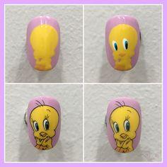 Coffen Nails, Pop Art Nails, Cool Nail Art, Diy Nails, Pretty Nail Designs, Short Nail Designs, Simple Nail Designs, Mickey Mouse Nail Art, Mickey Nails