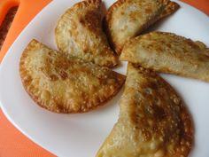 Empanadillas de repollo y nueces | Cocina Empanadas, Carne Picada, Relleno, Baked Potato, French Toast, Menu, Potatoes, Cheese, Baking