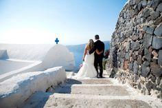 Santorini Greece Wedding | Greek Destination Wedding | Perfect Wedding Guide Blog  #wedding