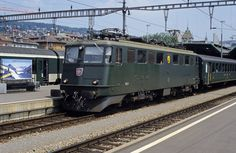 """Ae 6/6 11457 """"Romanshorn"""" waiting the departure time in Zürich HB on 26 July 1992   by cfl1969"""