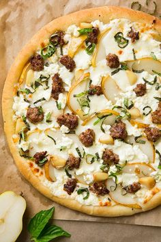 Pear Goat Cheese and Italian Sausage Pizza with Roasted Garlic and Fresh Basil (via Bloglovin.com )