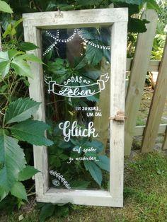 Livet er for kort til å utsette lykke til senere. - Lilly is Love Front Yard Fence, Diy Fence, Wooden Fence, Fence Design, Garden Design, The Neighbor, Diy Porch, Outdoor Venues, Decoration Table