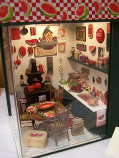 81 Best Roomboxes Images In 2019 Dollhouse Miniatures Dollhouses