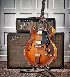 Here's a beautiful 1965 Gibson Barney Kessel Custom with a matching Blackface Fender Bassman #1965 #gibson #barneykessel #fender #bassman #blackface #vintage #vintageguitar #vintageguitarposts by vintageguitarposts