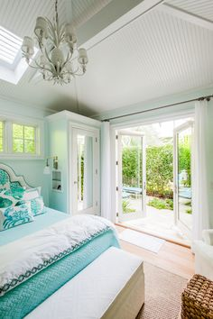 dreamy turquoise bedroom