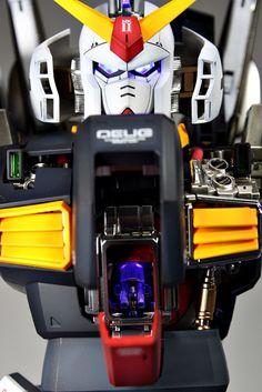 // anaqueousplanet: More Suny Buny Goodness…PG. Japanese Robot, Cool Robots, Super Robot, Gundam Model, Live Long, Anime Comics, Good Things, Building, Badass