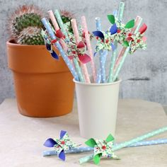 Pack of 12 Pastel Paper Windmill Straws