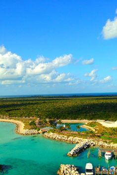The beautiful island of Castaway Cay (an exclusively owned Disney property) as seen on the Disney Dream cruise