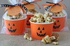 Imaginative Halloween Costumes - The Best Way To Be Artistic With A Budget Homemade Caramel Corn Snack Mix Glorious Treats Buffet Halloween, Halloween School Treats, Theme Halloween, Halloween Goodies, Halloween Food For Party, Halloween Birthday, Holidays Halloween, Easy Halloween, Halloween Decorations