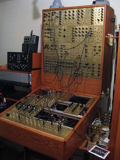 Knobs...more knobs..must have more knobs