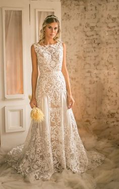 Finding THE bridal gown sure is like an adventure, so start as early as possible, gather your closest friends and family and embark on a journey to find it. Weeding Dress, Dream Wedding Dresses, Wedding Gowns, Prom Dresses, Formal Dresses, Wedding Bells, Lace Wedding, Fashion Vestidos, Princesa Kate