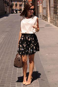 Divina Ejecutiva: #Divitip - Las faldas de flores