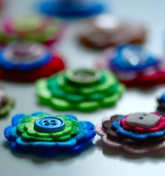 Felt and button thingies - nice