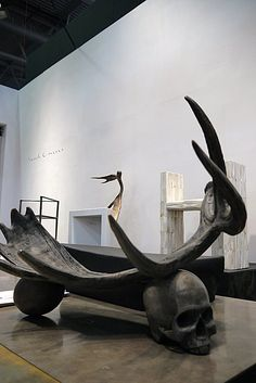 (via Vosgesparis: Maison & Objet - Rick Owens at the Marie Claire Maison Cafe) Skull Art, Dark Fantasy, Rick Owens, Installation Art, Wood Carving, Dark Art, Interior Architecture, Illustration, Contemporary Art