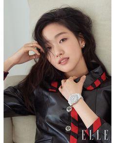 Korean Actresses, Korean Actors, Korean Women, Korean Girl, Kim Go Eun Goblin, Kim Go Eun Style, Chanel J12, Black Heart, My Princess