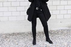 winter again.. // Mirjam from www.miiju.ch is wearing ZARA western belt, Acne Studios skinny Jeans, Acne Studios Jensen suede boots, Mansur Gavriel saddle bag, Topshop coat, Celine knot bracelet