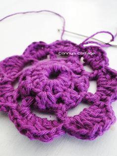 Connys Cottage: Tutorial Crochetflower