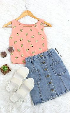 The Banana Print Crop Tank Top adds a girlie charm to it. Get full collection at row… Cute Casual Outfits, Cute Summer Outfits, Stylish Outfits, Teen Fashion Outfits, Cute Fashion, Outfits For Teens, Fashion Tag, Vetement Fashion, Teenager Outfits