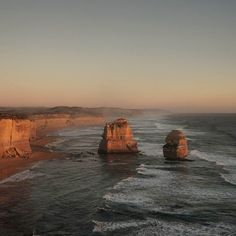 You have to love 12 Apostles. Especially when sun is setting down.  Even when you are completely squeezed between insane numbers of tourists. Most of them are from Asia so you can still take photos above their heads. If you are taller than average Asian of course. _  #12apostles #australia #greatoceanroad #cliff #cliffs #ocean #great #sun #sunset #dusk #aroundtheworld #rtw #traveling #travelblog #travel #sony #sonyalpha #sonya7s by compartment4041 http://ift.tt/1ijk11S